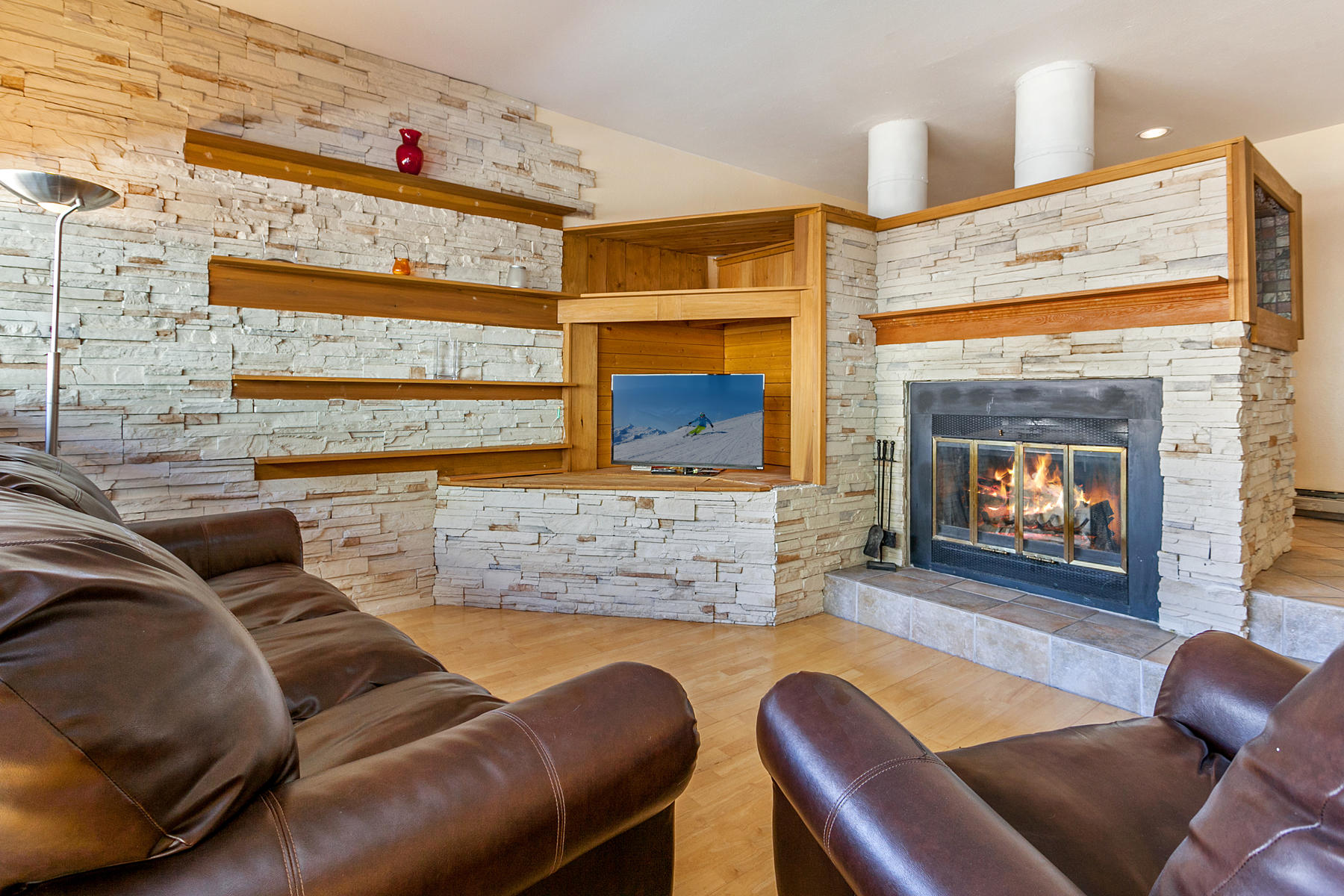 Condominium for Active at Pitkin Creek home with mountain views 4061 Bighorn Road #12H Vail, Colorado 81657 United States