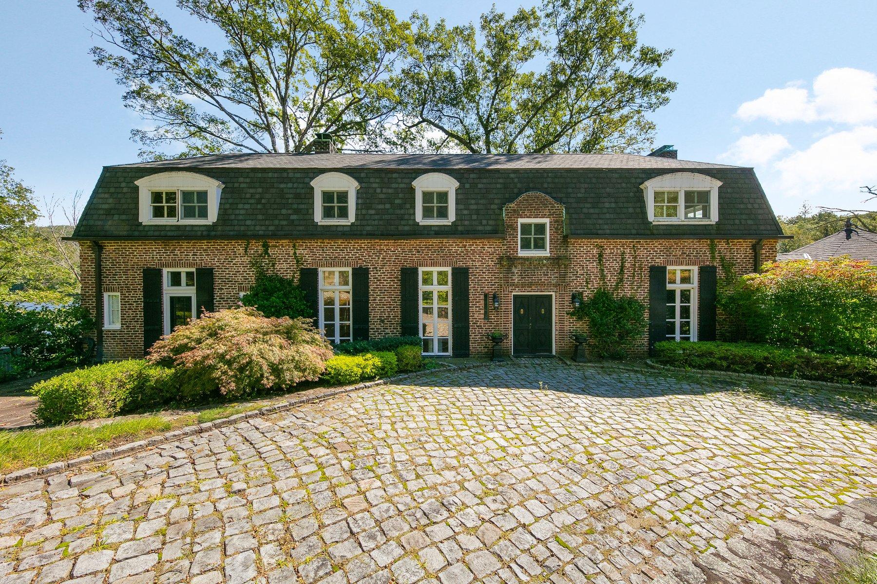 Casa Unifamiliar por un Alquiler en Lakeside Retreat 167 Wee Wah Road Tuxedo Park, Nueva York 10987 Estados Unidos