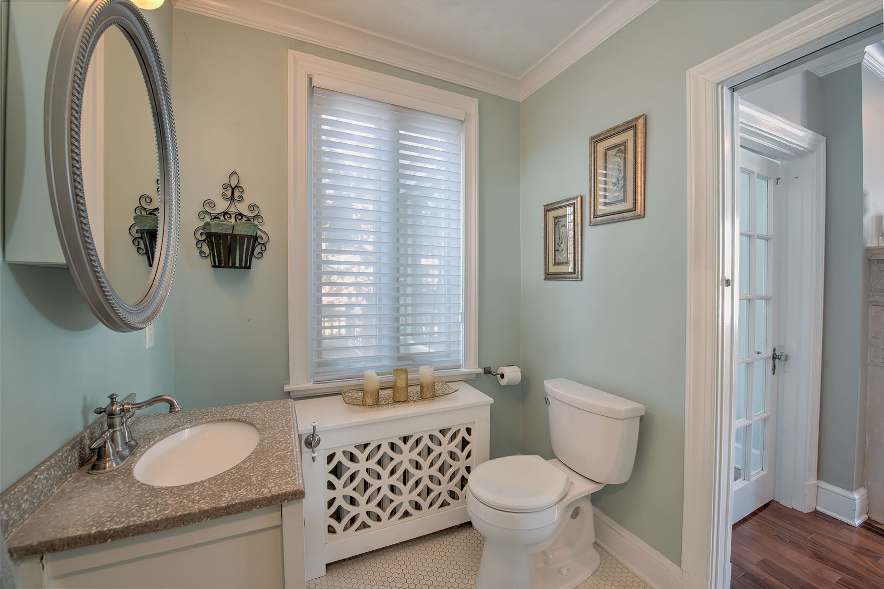 Additional photo for property listing at French Provincial Village Home 824 Beaver Street Sewickley, Pennsylvania 15143 United States
