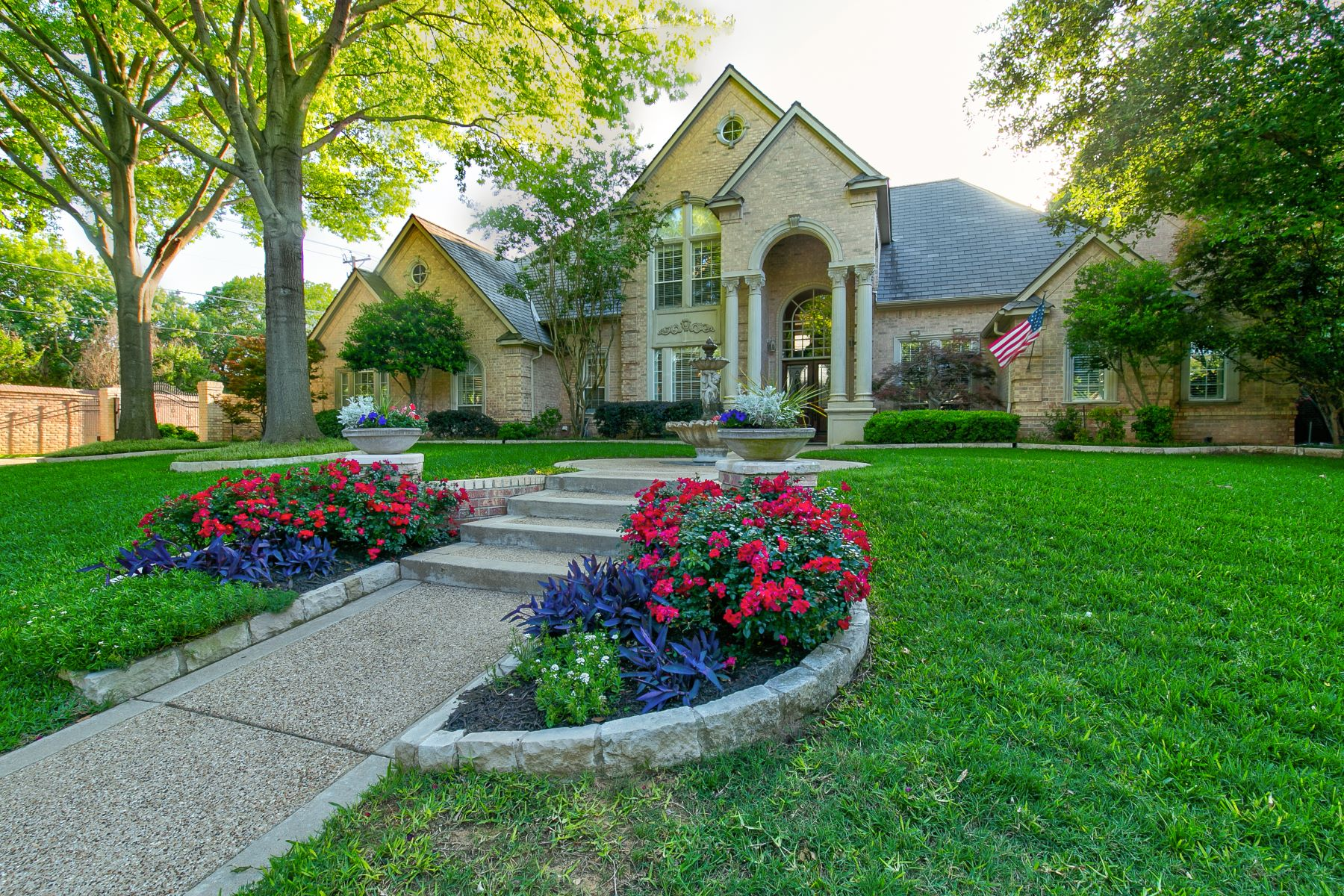Single Family Homes for Sale at Beautifully Updated Colleyville Home 5000 Westgrove Lane Colleyville, Texas 76034 United States