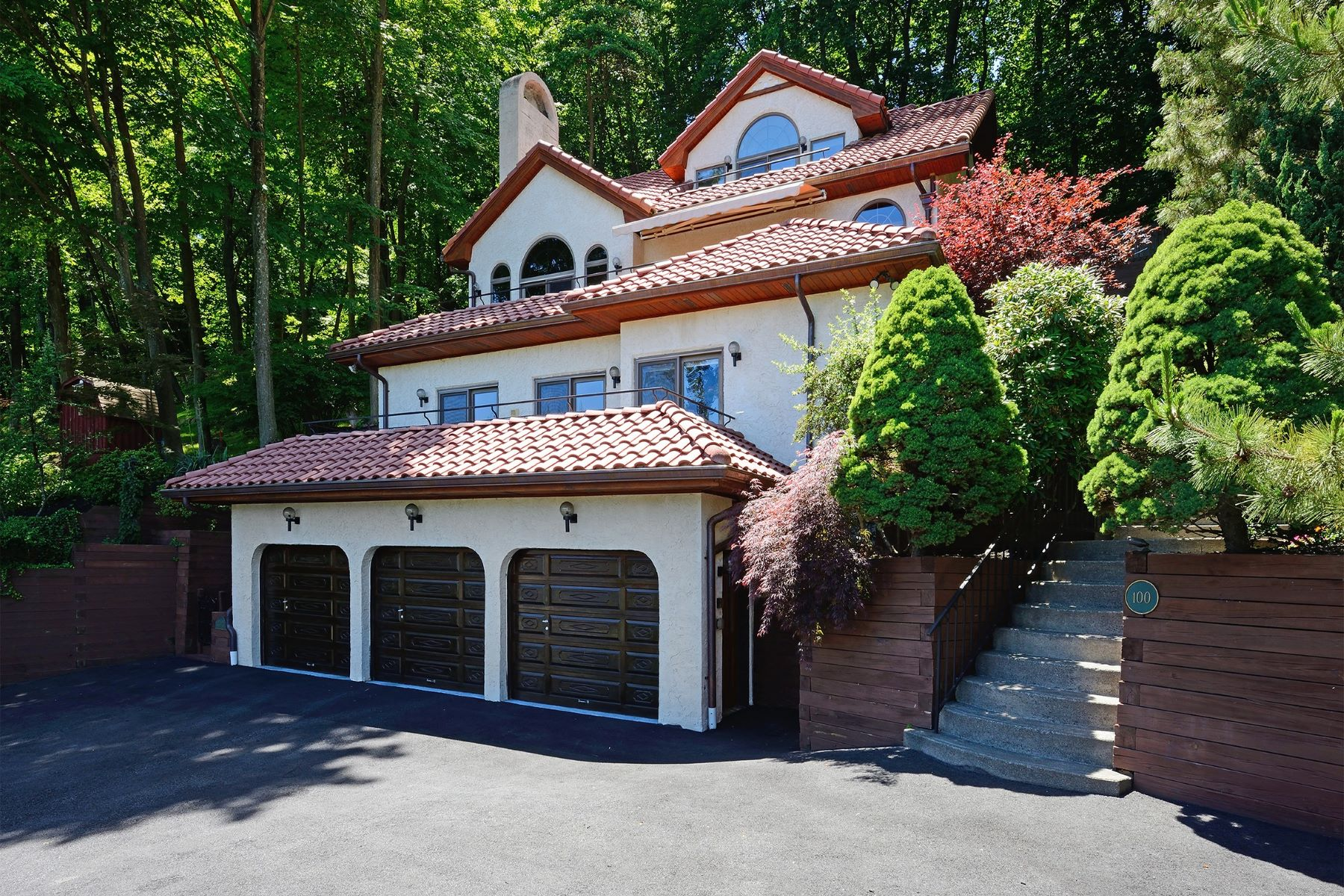 Single Family Home for Sale at Striking Mediterranean 100 Orchard Terrace Piermont, New York 10968 United States