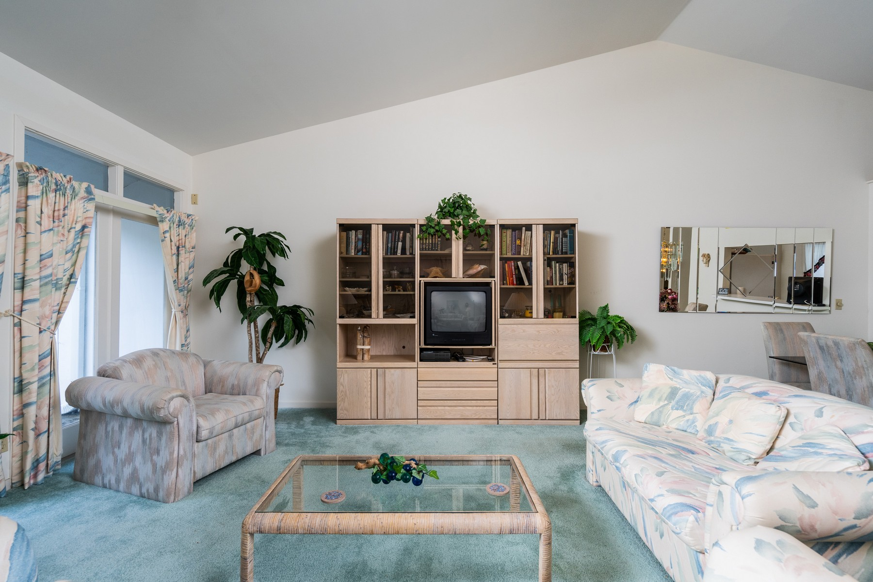 Additional photo for property listing at Villa with Private Courtyard 5828 Highway A1A #30 Indian River Shores, Florida 32963 United States