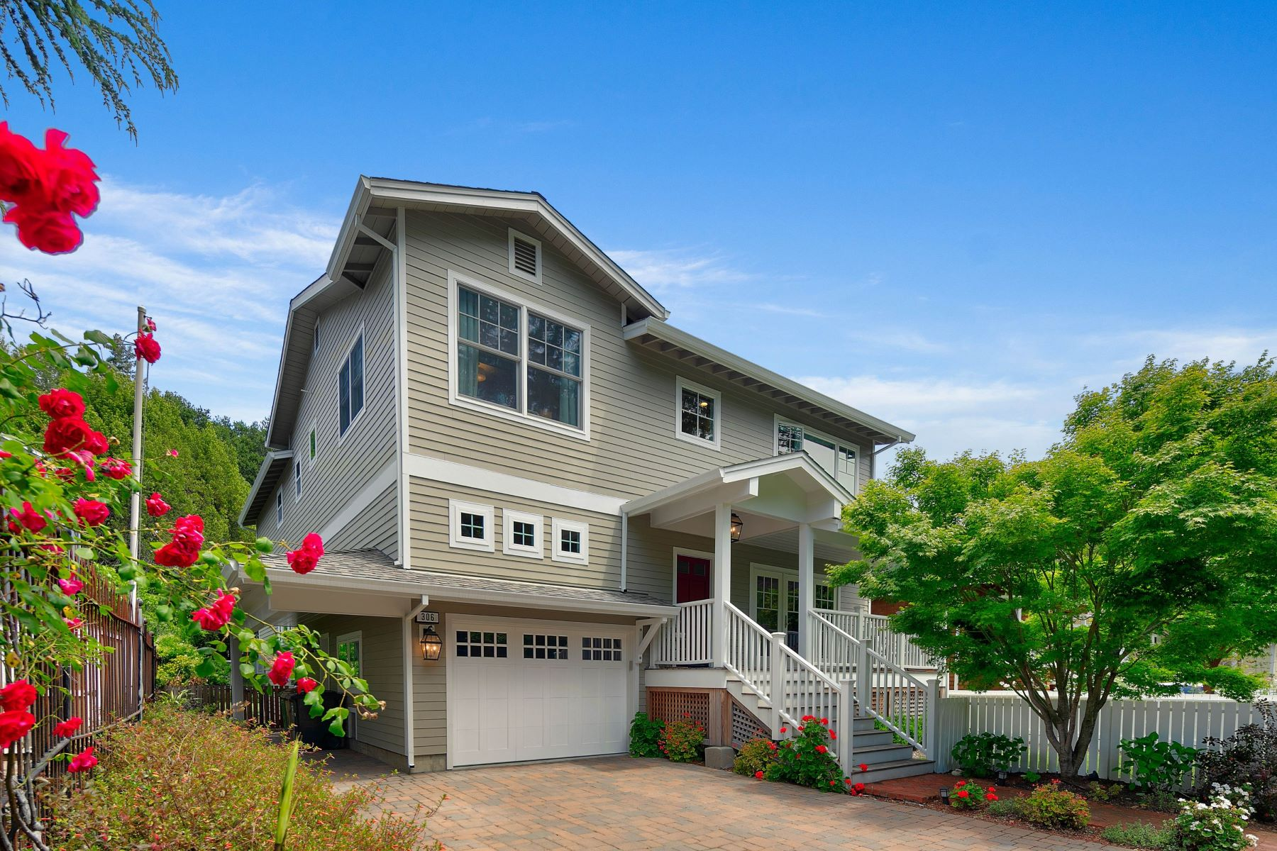 Single Family Homes for Active at Newly Renovated Family Home in the Coveted Flats of Kentfield 306 Kent Avenue Kentfield, California 94904 United States