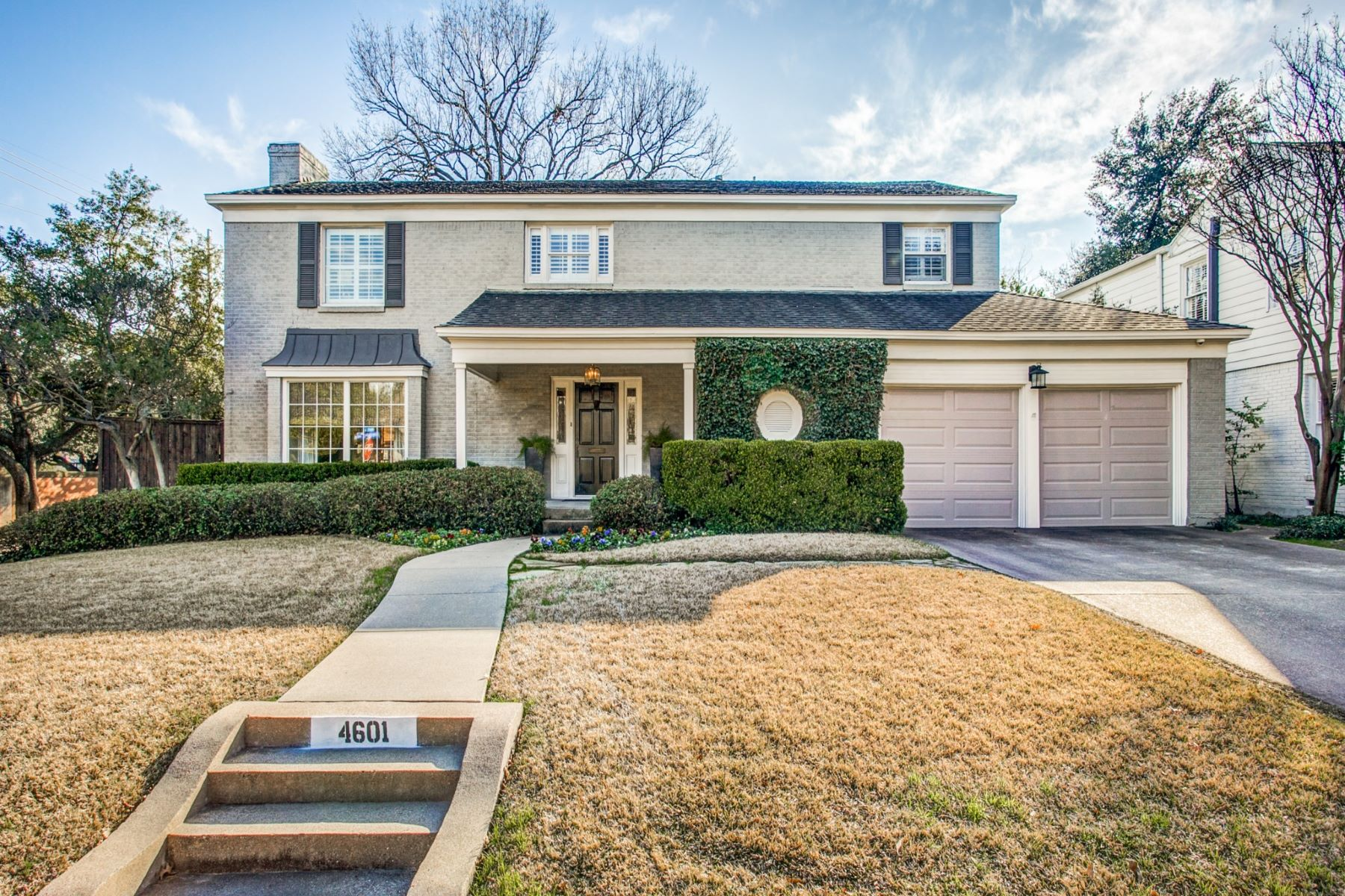 Single Family Homes for Active at West Highland Park Traditional 4601 Edmondson Avenue Highland Park, Texas 75209 United States