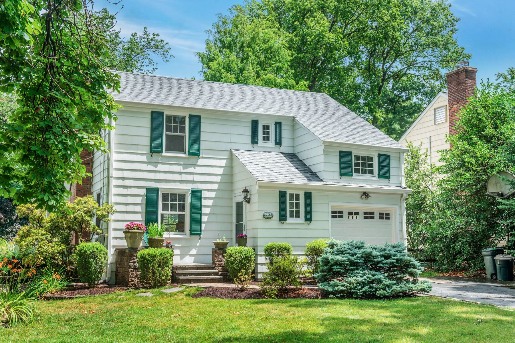 Single Family Homes for Active at Chatham Gem 1 Sussex Avenue Chatham, New Jersey 07928 United States
