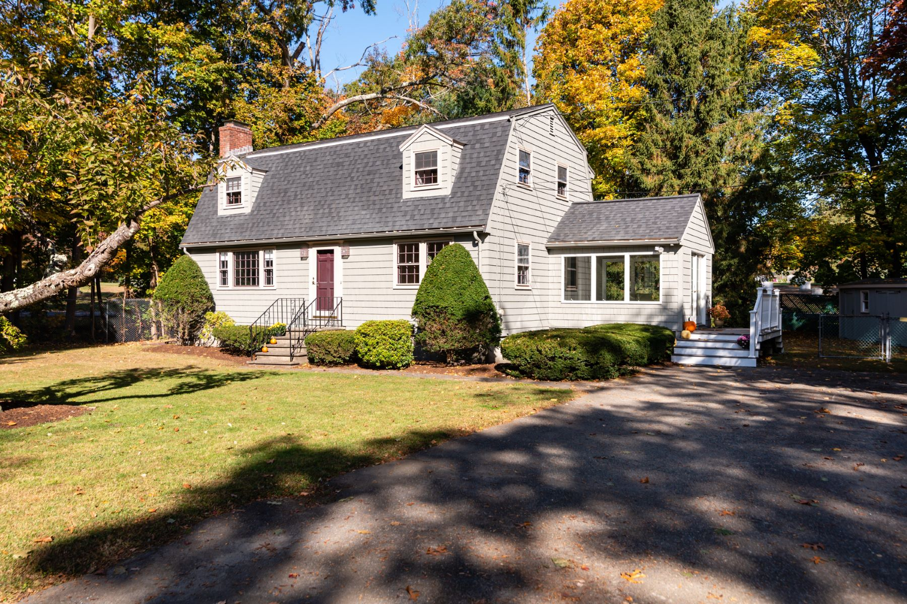 Single Family Homes for Sale at 25 Caribou Street Bedford, Massachusetts 01730 United States