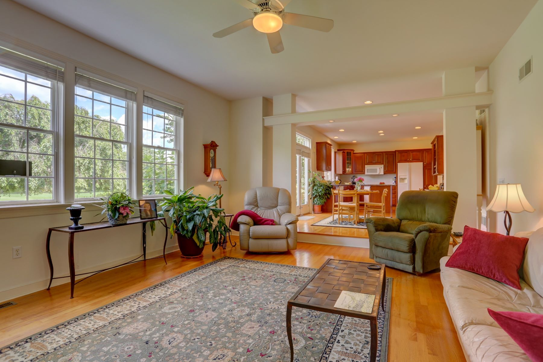Additional photo for property listing at 821 Woodfield Drive  Lititz, Pennsylvania 17543 United States