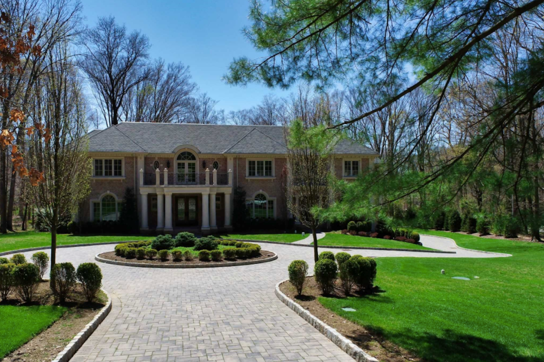 Single Family Homes for Sale at 46 Westerly Rd Saddle River, New Jersey 07458 United States