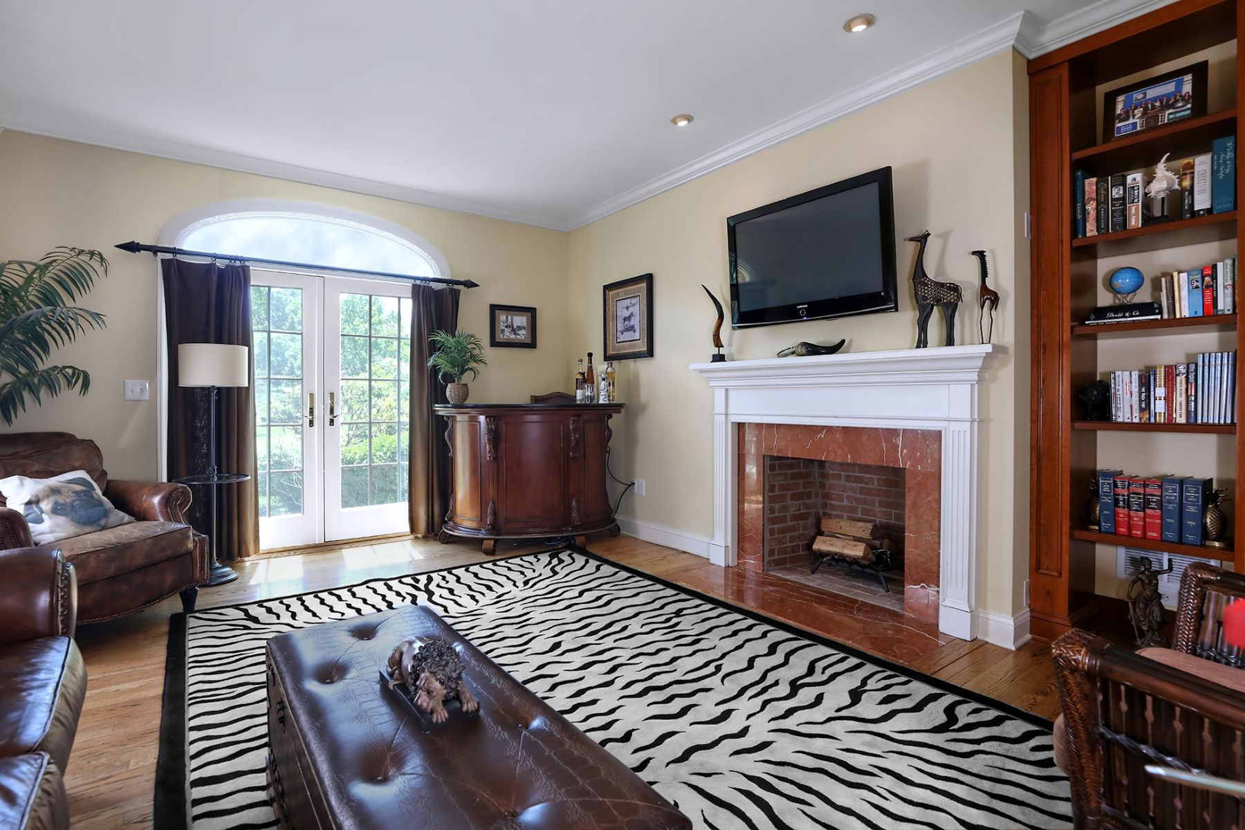 Additional photo for property listing at Elegant and Stately In A Serene Setting 56 High Ridge Road, Skillman, Νιου Τζερσεϋ 08558 Ηνωμένες Πολιτείες