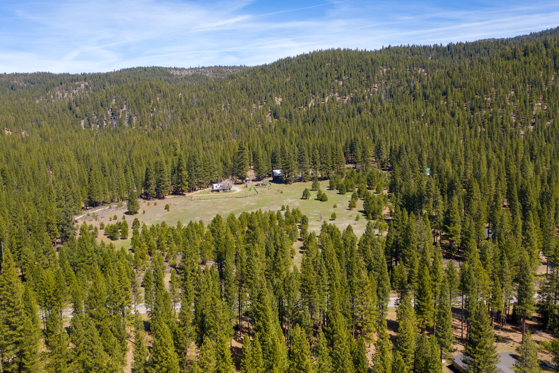 Additional photo for property listing at 148 Black Bear Trail, Clio, CA 96106 148 Black Bear Trail Clio, California 96106 United States
