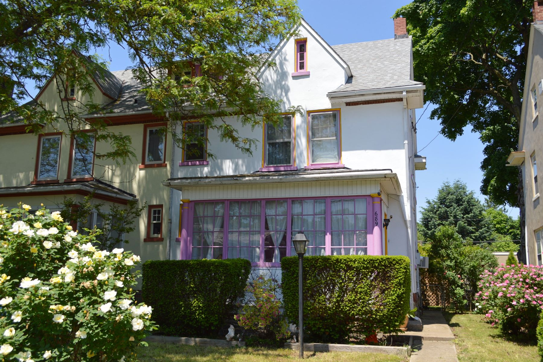 Single Family Home for Sale at 689 New Holland Ave 689 New Holland Ave Lancaster, Pennsylvania 17602 United States