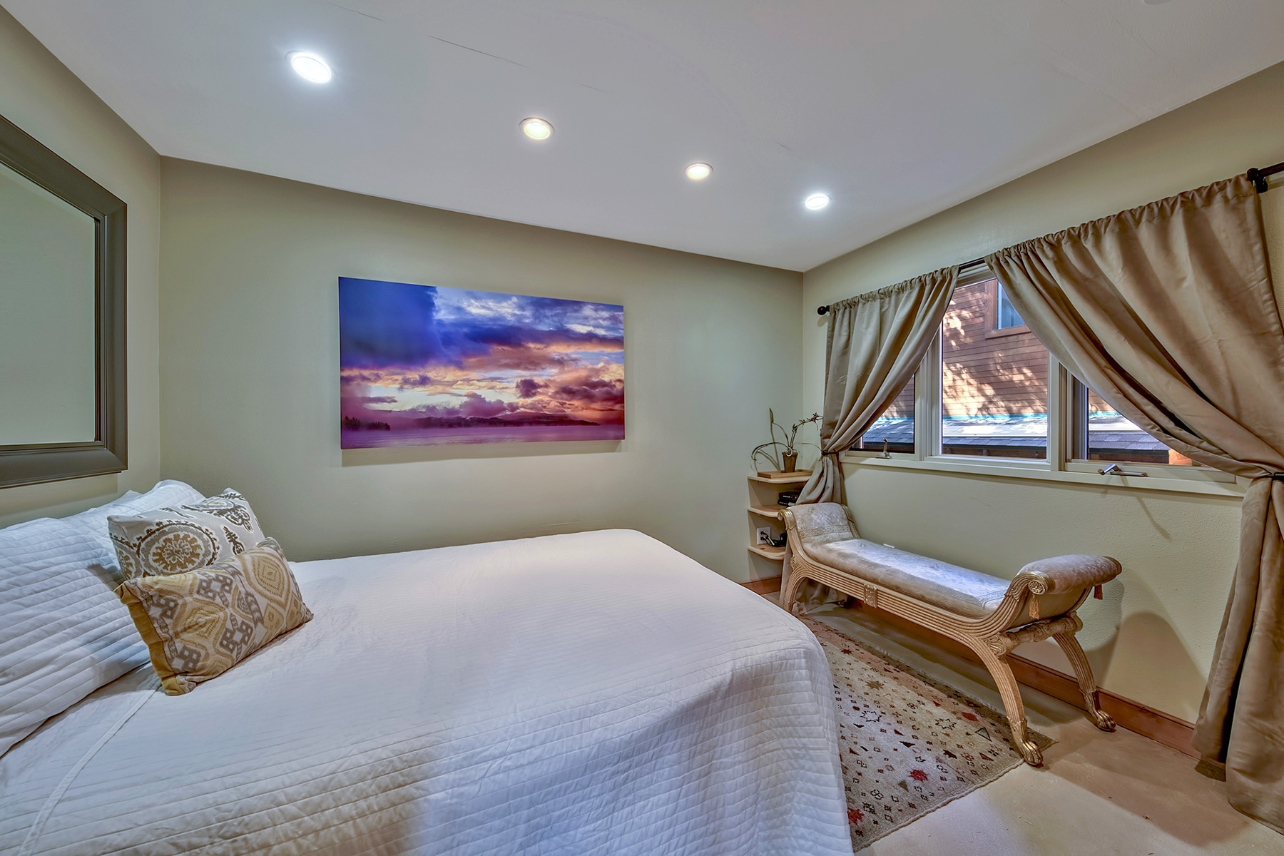 Additional photo for property listing at 8730 Brockway Vista Avenue,  Kings Beach, CA 96143 8730 Brockway Vista Avenue Kings Beach, California 96143 United States