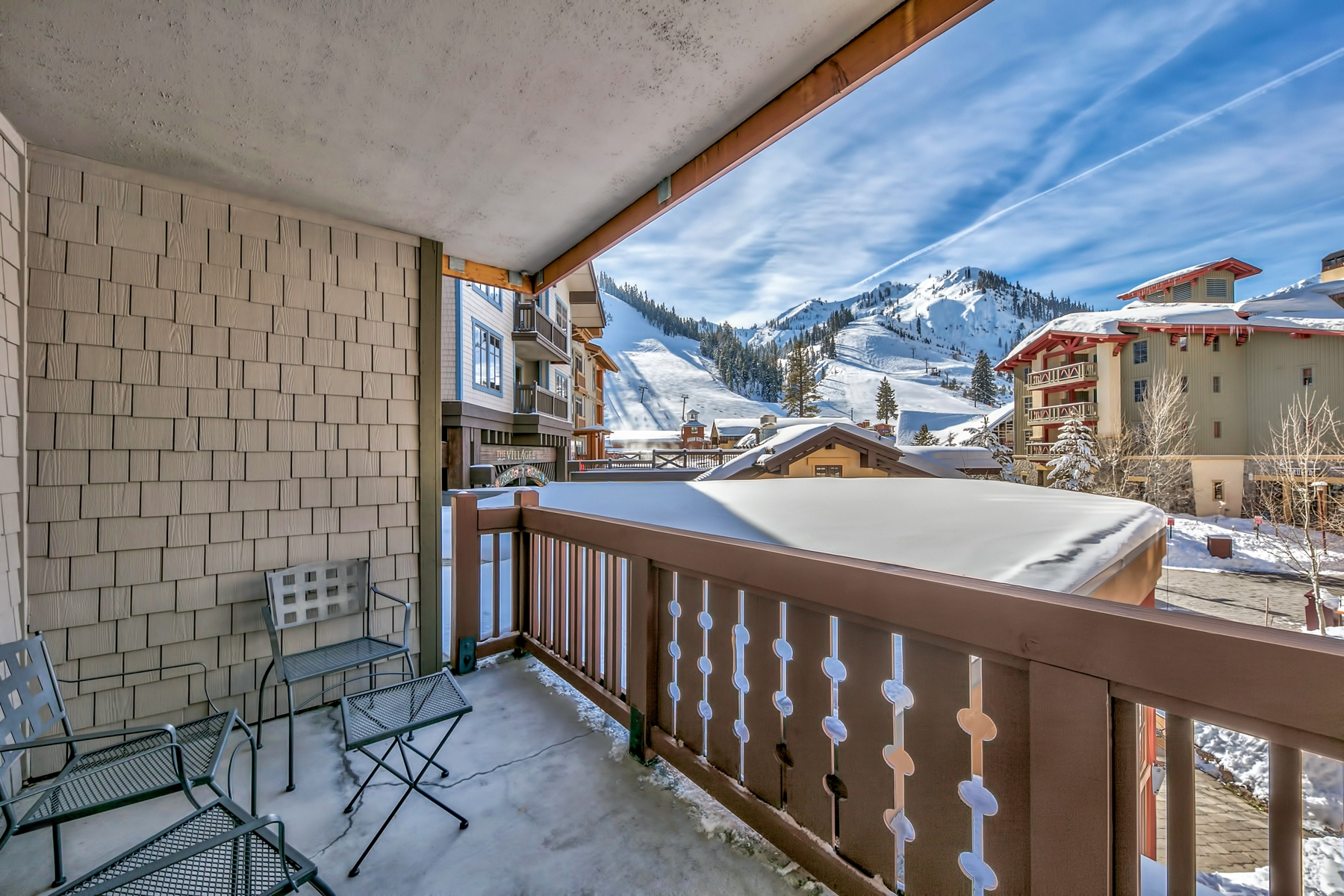Additional photo for property listing at 1850 Village South Road # 4-210, Olympic Valley, CA 1850 Village South Road # 4-210 Olympic Valley, California 96161 United States