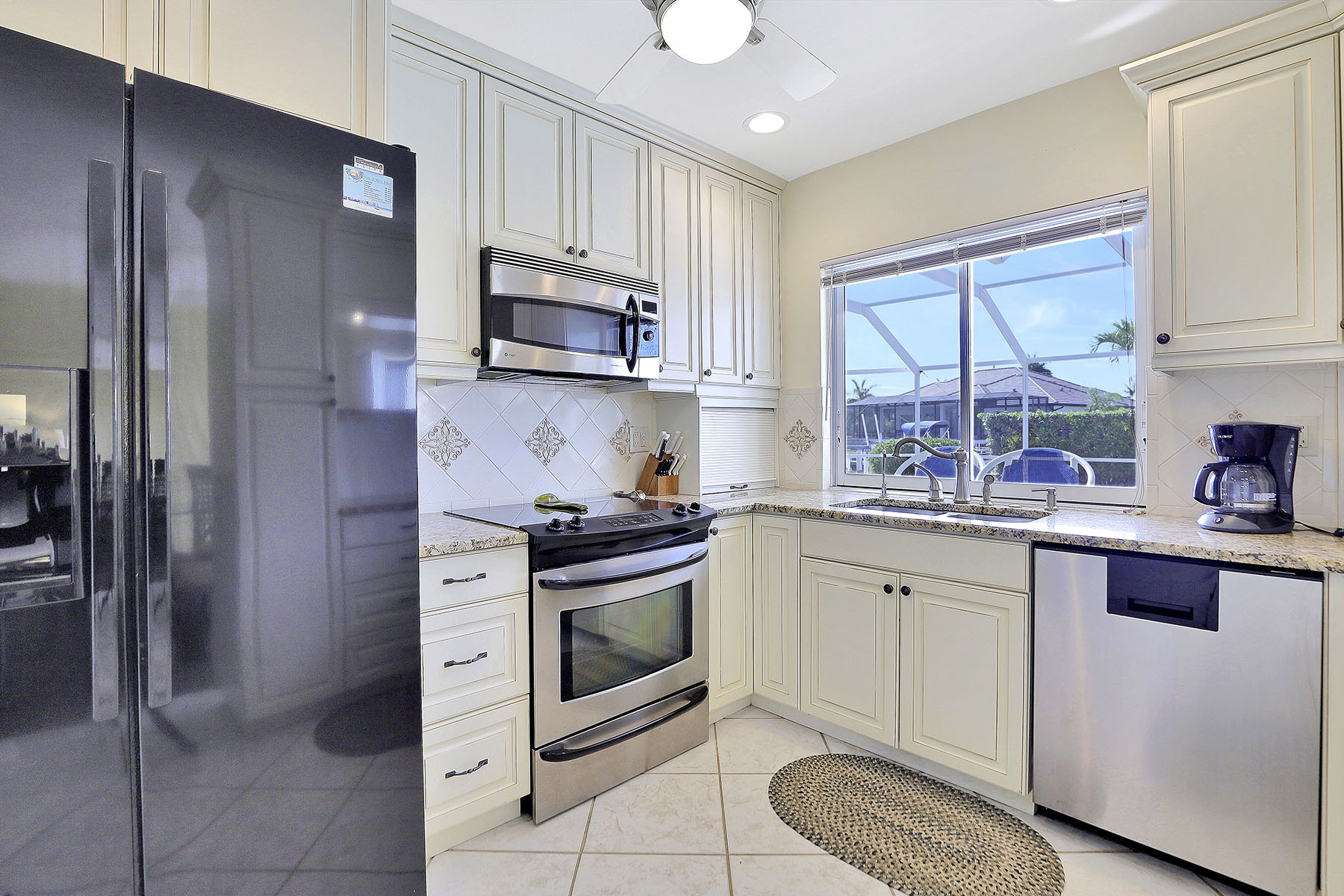 Additional photo for property listing at MARCO ISLAND 928 Sundrop Court, Marco Island, Florida 34145 United States