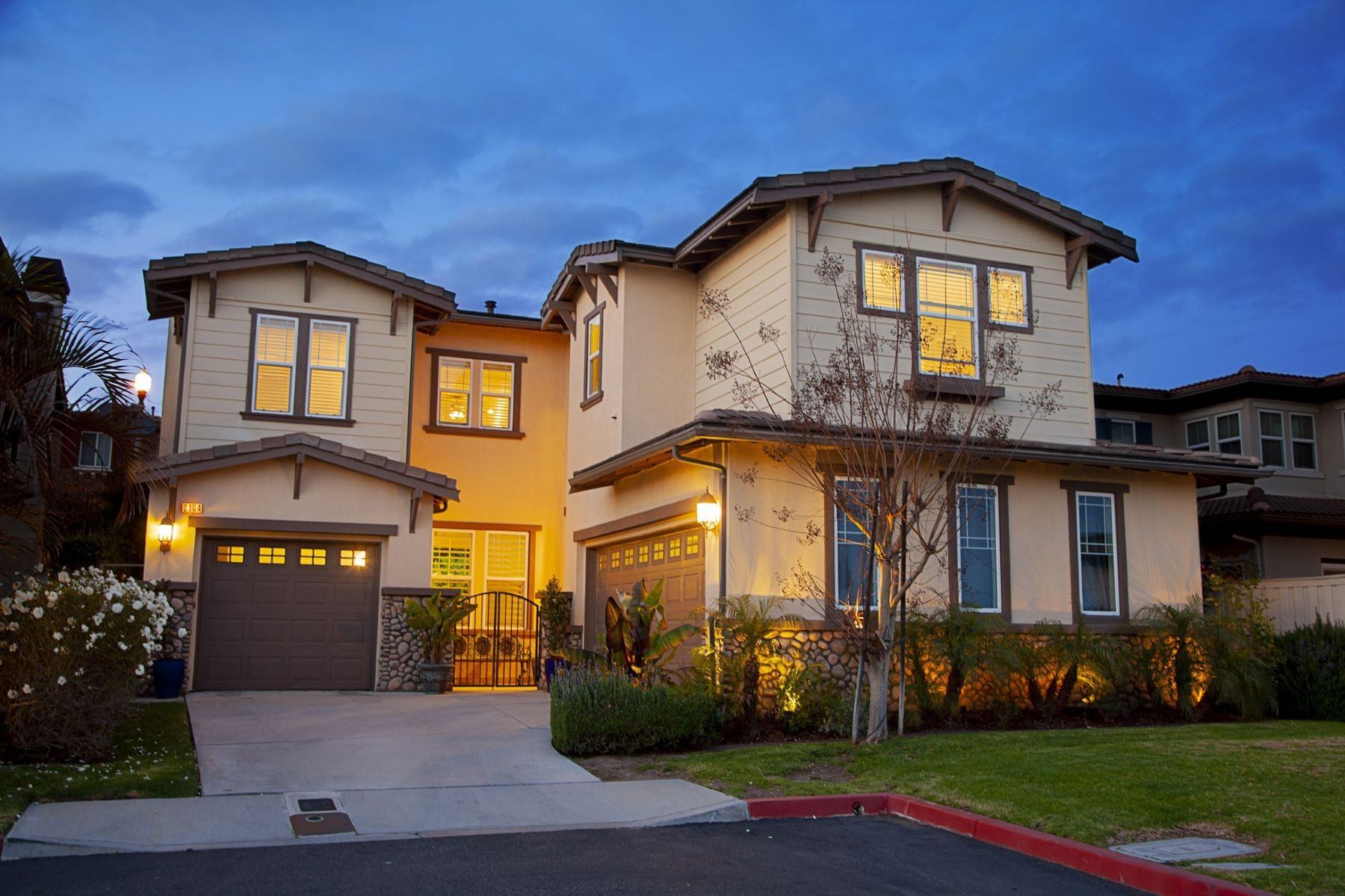 Single Family Homes for Sale at Promontory Signal Hill 2104 Stanley Avenue Signal Hill, California 90755 United States