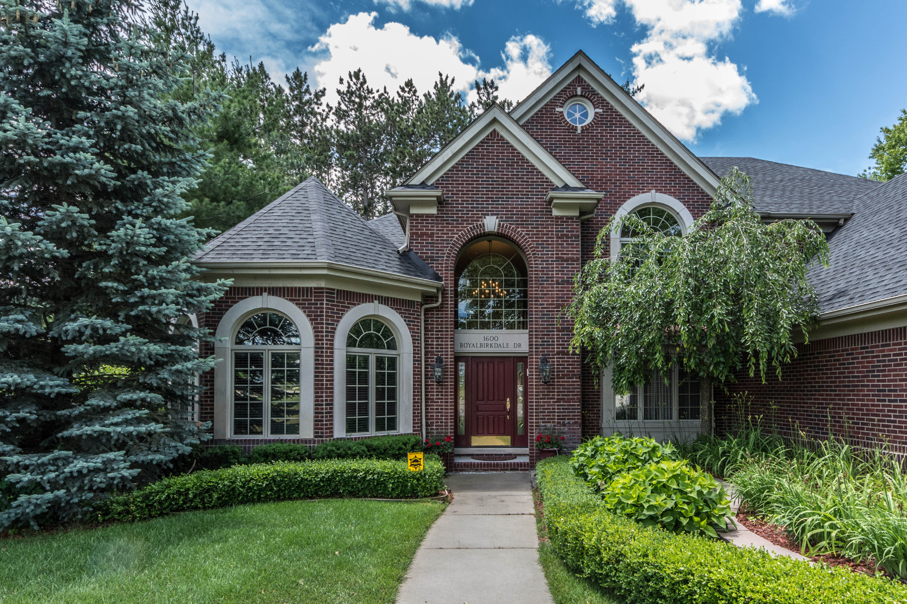 Single Family Home for Sale at Oxford Township 1600 Royal Birkdale Oxford, Michigan, 48371 United States