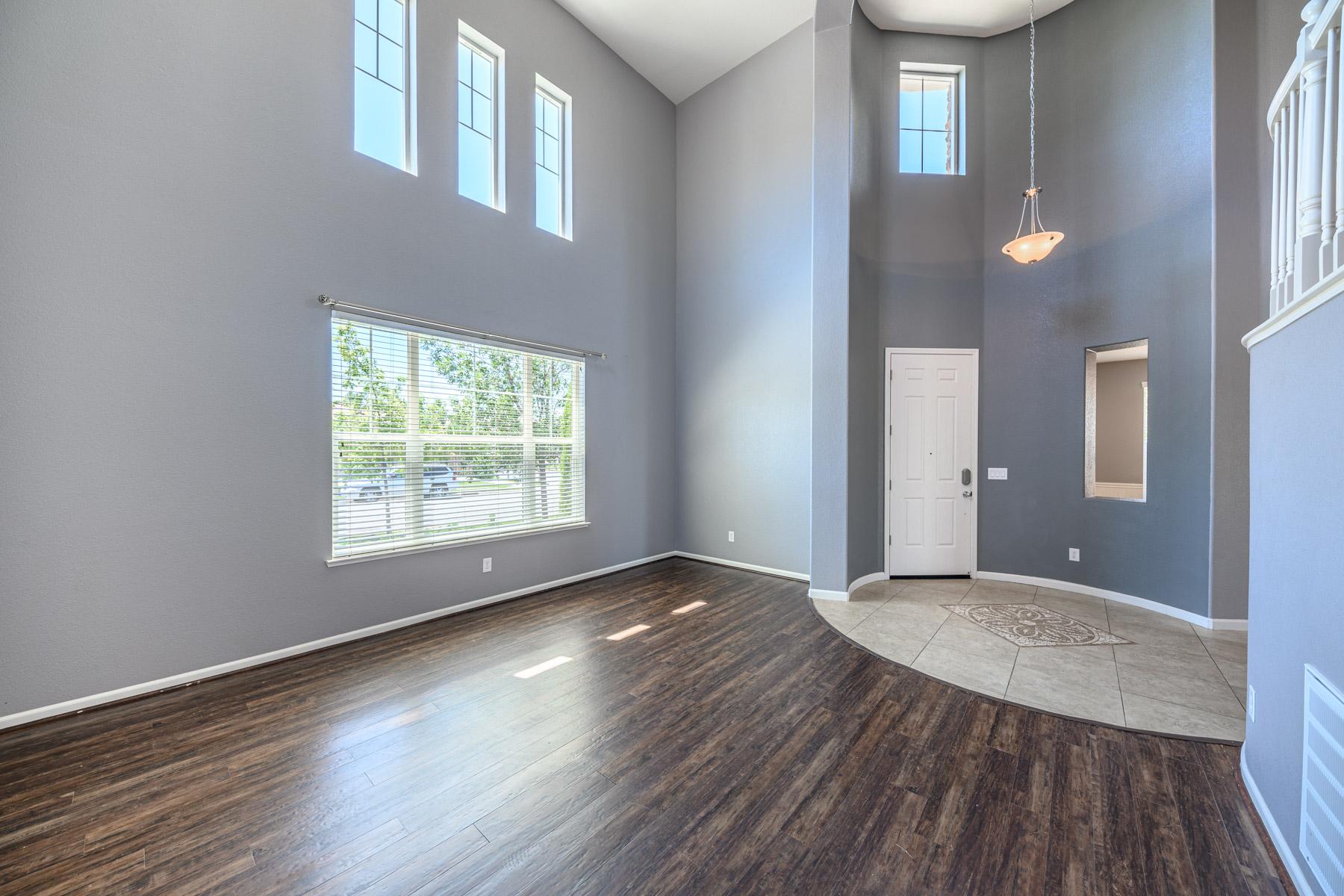 Additional photo for property listing at 6571 Voyage Drive, Sparks, NV 6571 Voyage Drive 斯帕克斯, 内华达州 89436 美国