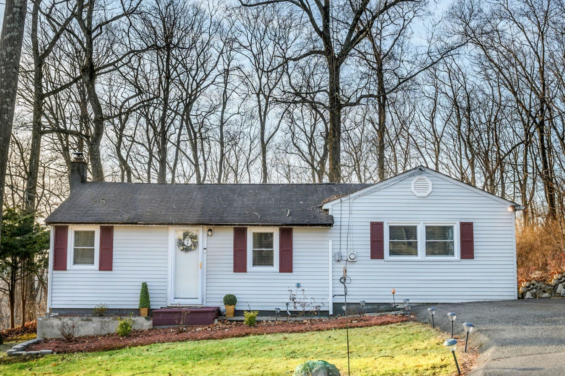 Single Family Homes for Sale at Charming Ranch in Lake Shawnee Community 7 High View Trail Jefferson Township, New Jersey 07885 United States