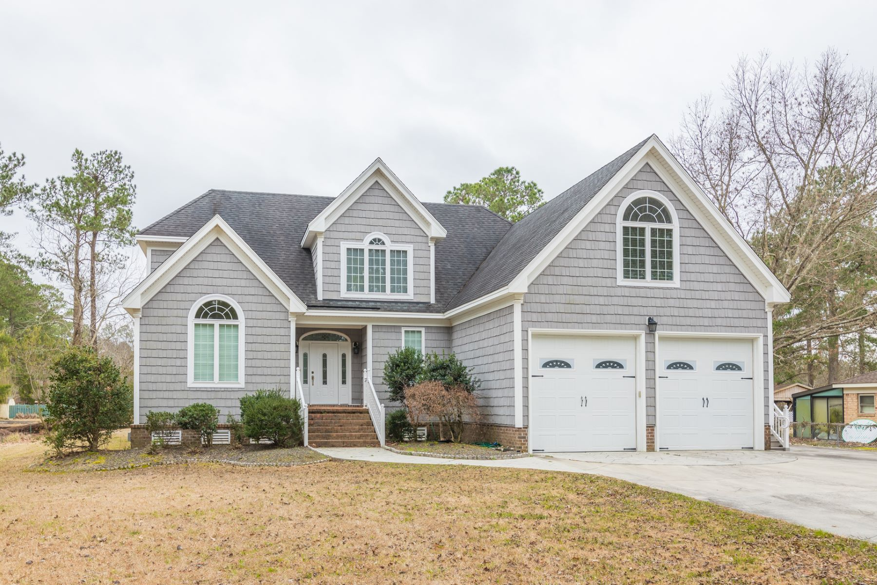 Single Family Home for Active at BEECHWOOD SHORES 115 Vincent Drive Moyock, North Carolina 27958 United States