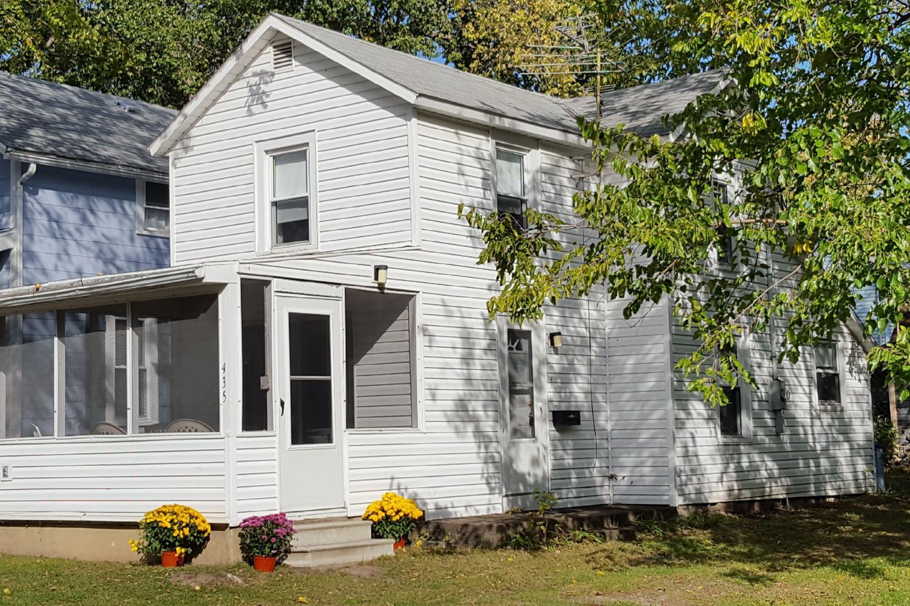 Частный односемейный дом для того Продажа на 435 Lynn Avenue Lakeside, Огайо, 43440 Соединенные Штаты