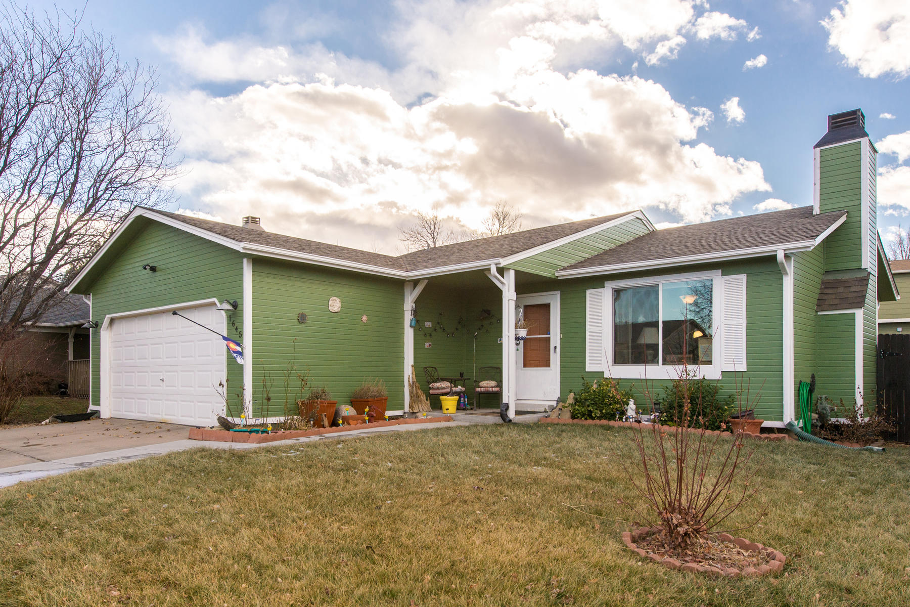 Property for Active at Great opportunity to own this updated home with 4 bedrooms and 2 bathrooms. 1645 S Fundy St Aurora, Colorado 80017 United States