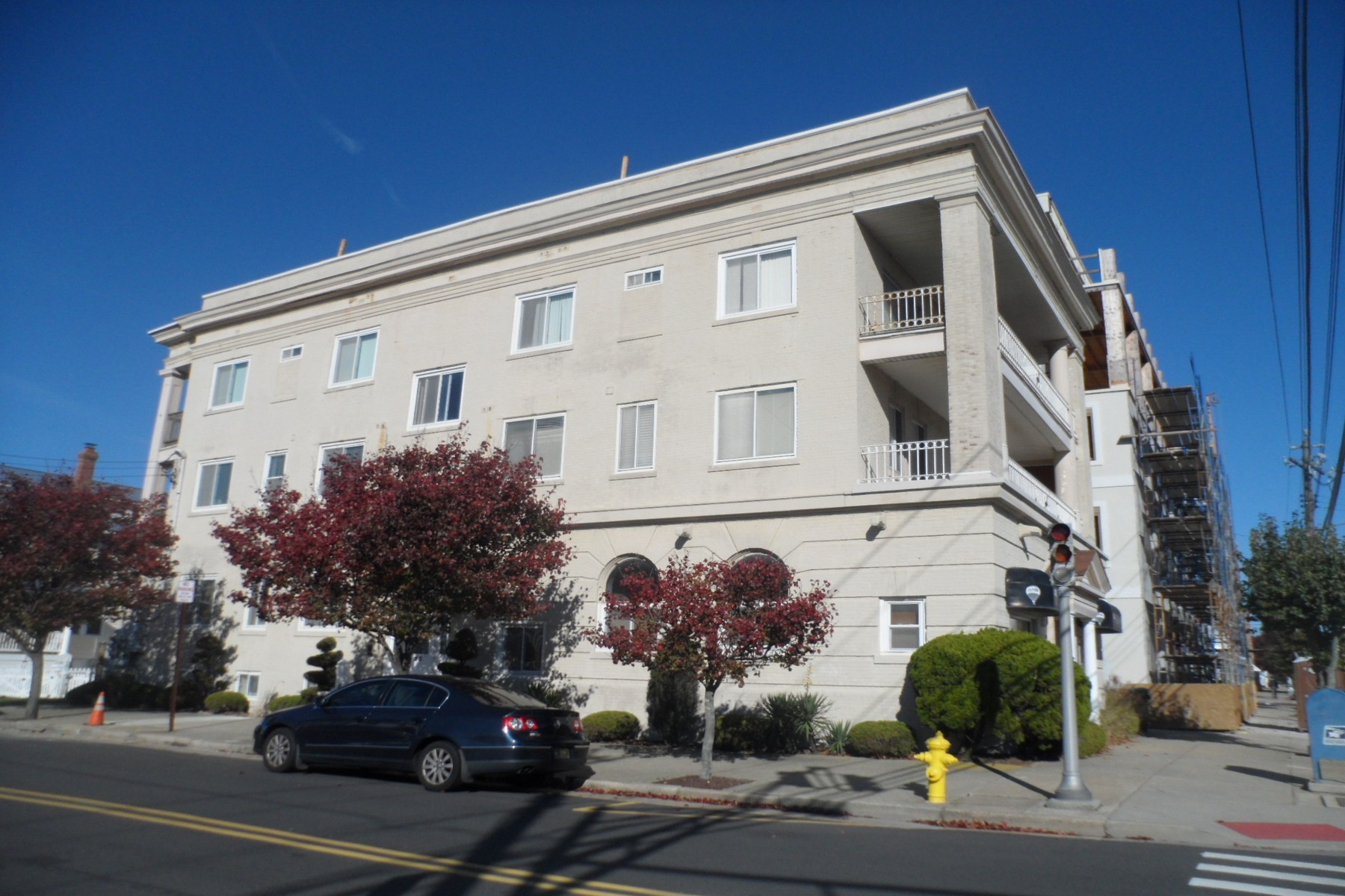 Condominiums for Rent at 25 S Surrey Ave 25 S Surrey #B2 July, Ventnor, New Jersey 08406 United States