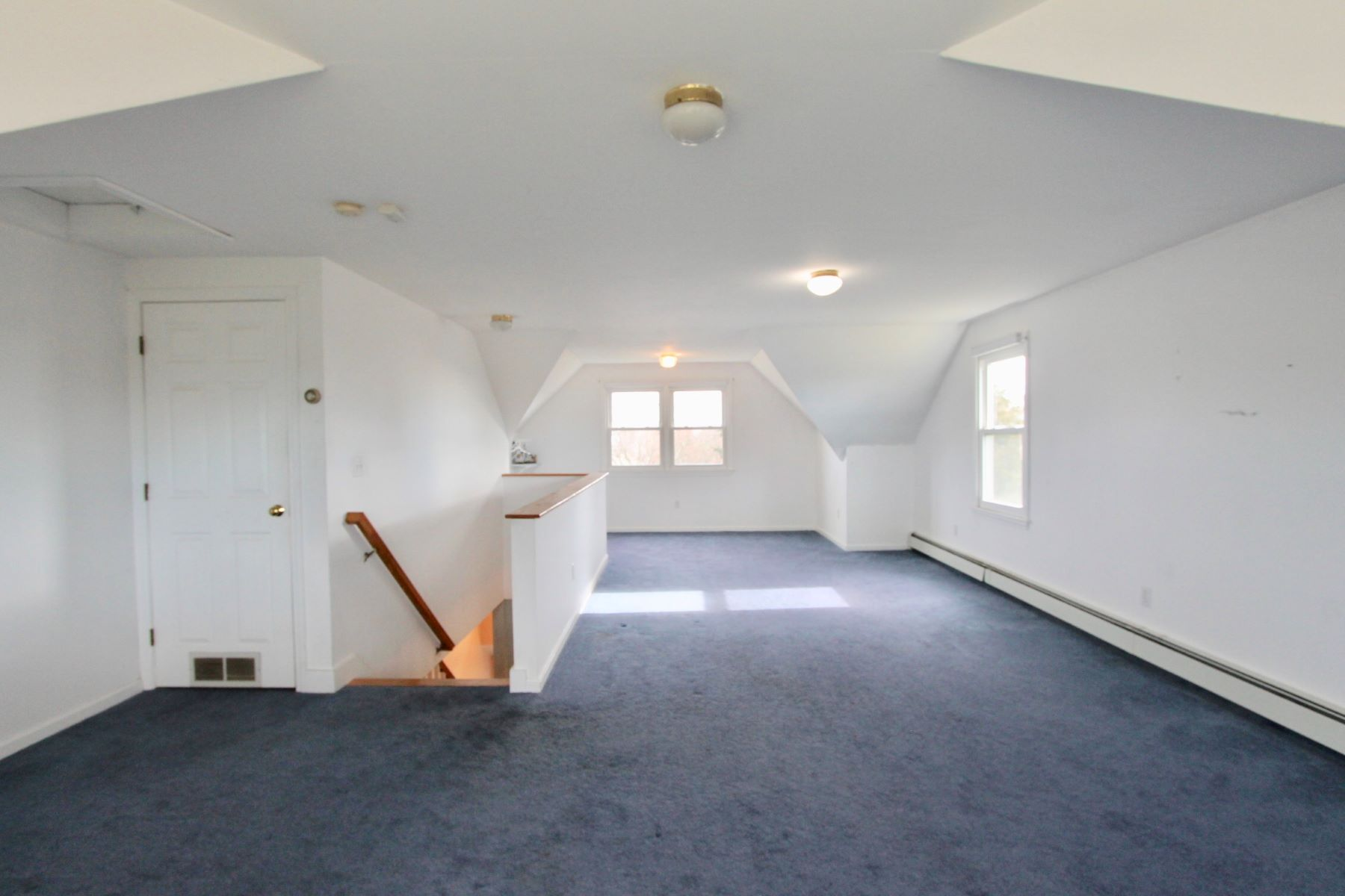 Additional photo for property listing at Westridge 1304 Fairway Drive Middletown, Rhode Island 02842 United States