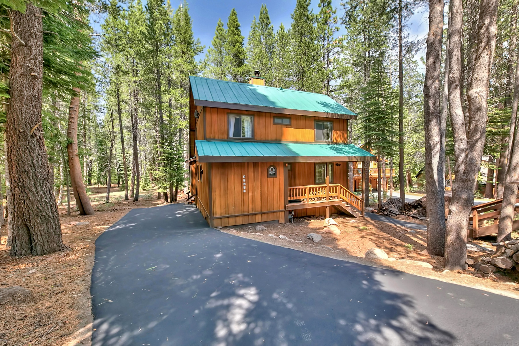 Single Family Home for Active at 16228 Northwoods Blvd, Truckee, CA 16228 Northwoods Boulevard Truckee, California 96161 United States