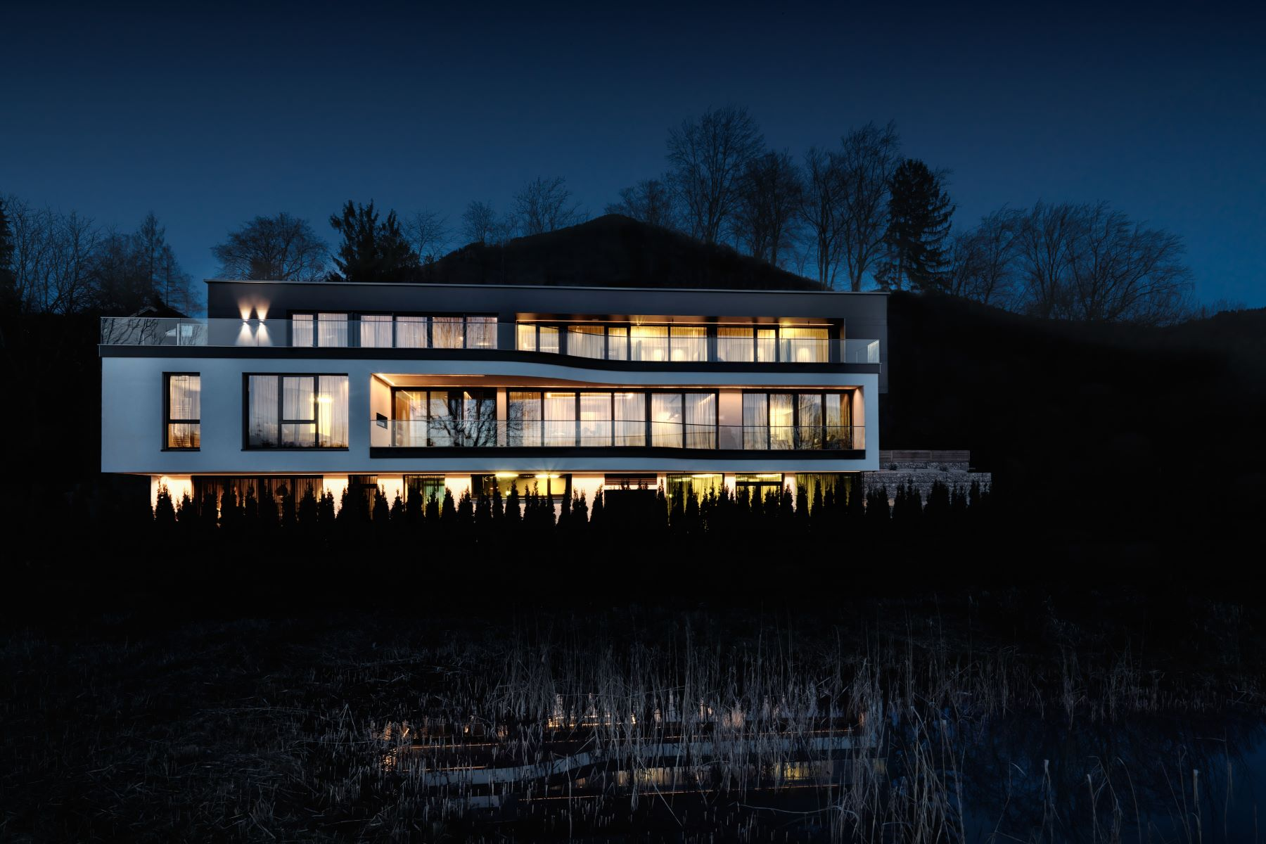 Многосемейный дом для того Продажа на LUXURY VILLA WITH INDOOR POOL Aigen Other Salzburg, Salzburg 5020 AIGEN Austria