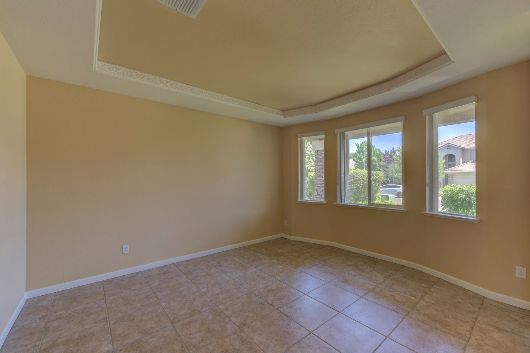 Single Family Home for Sale at 6938 Rawley Way, Elk Grove, CA 95757 Elk Grove, California, 95757 United States