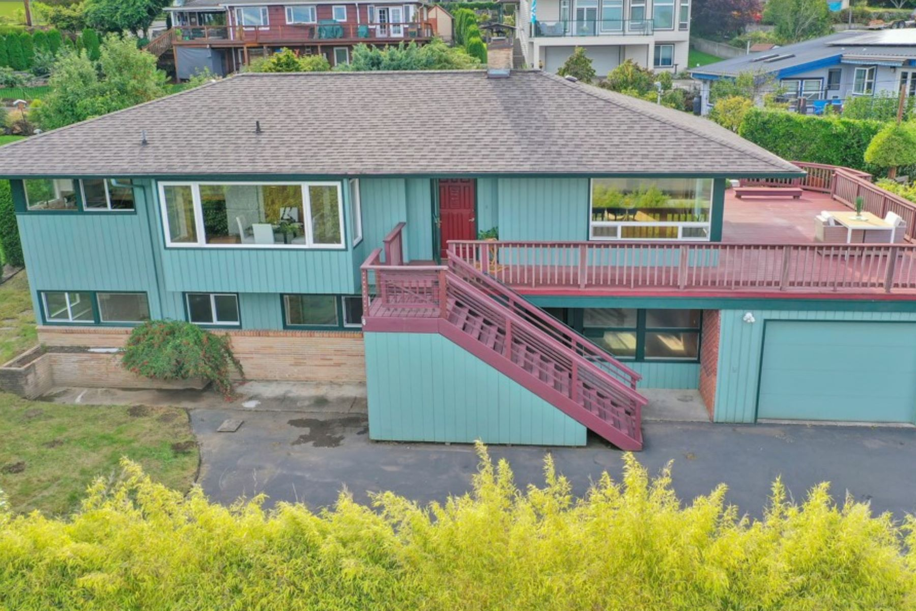Single Family Homes for Sale at viewhomeolympia.com 1305 Ebb Tide Terrace NW Olympia, Washington 98502 United States