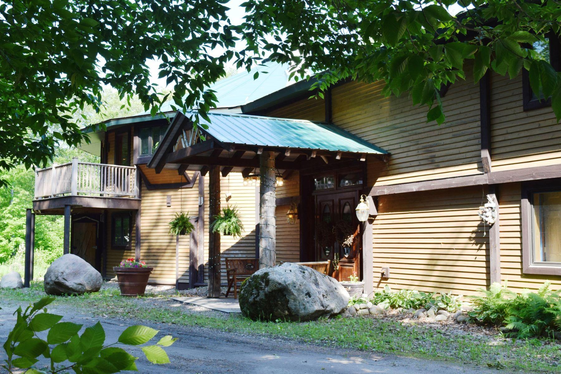 Single Family Homes för Försäljning vid Ranch Style Living with Acreage and Waterfront 2518 Stillwater Road, Lowville, New York 13367 Förenta staterna