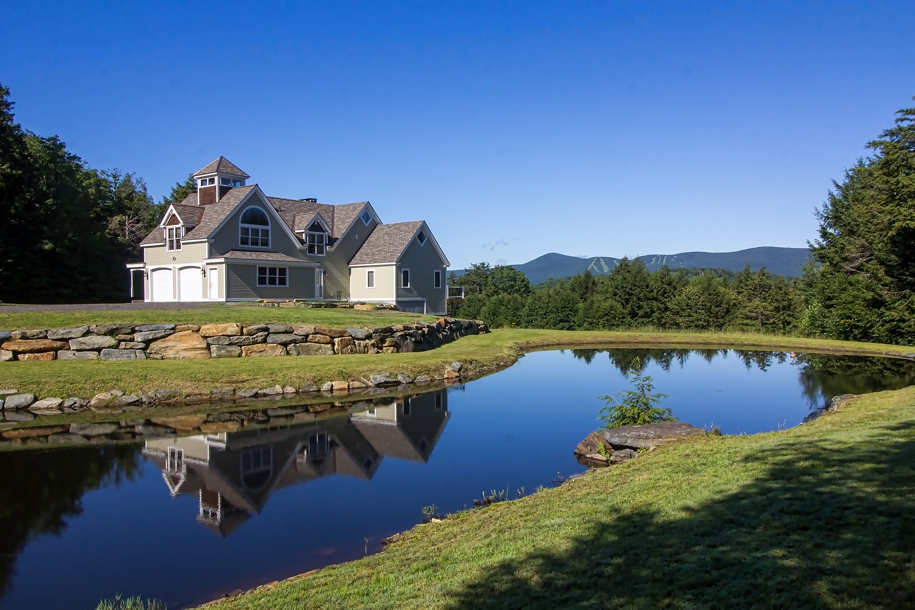 Single Family Homes for Sale at Exceptional Davis Frame on 112+ Acres 45 Negus Rd NR005B Dover, Vermont 05356 United States