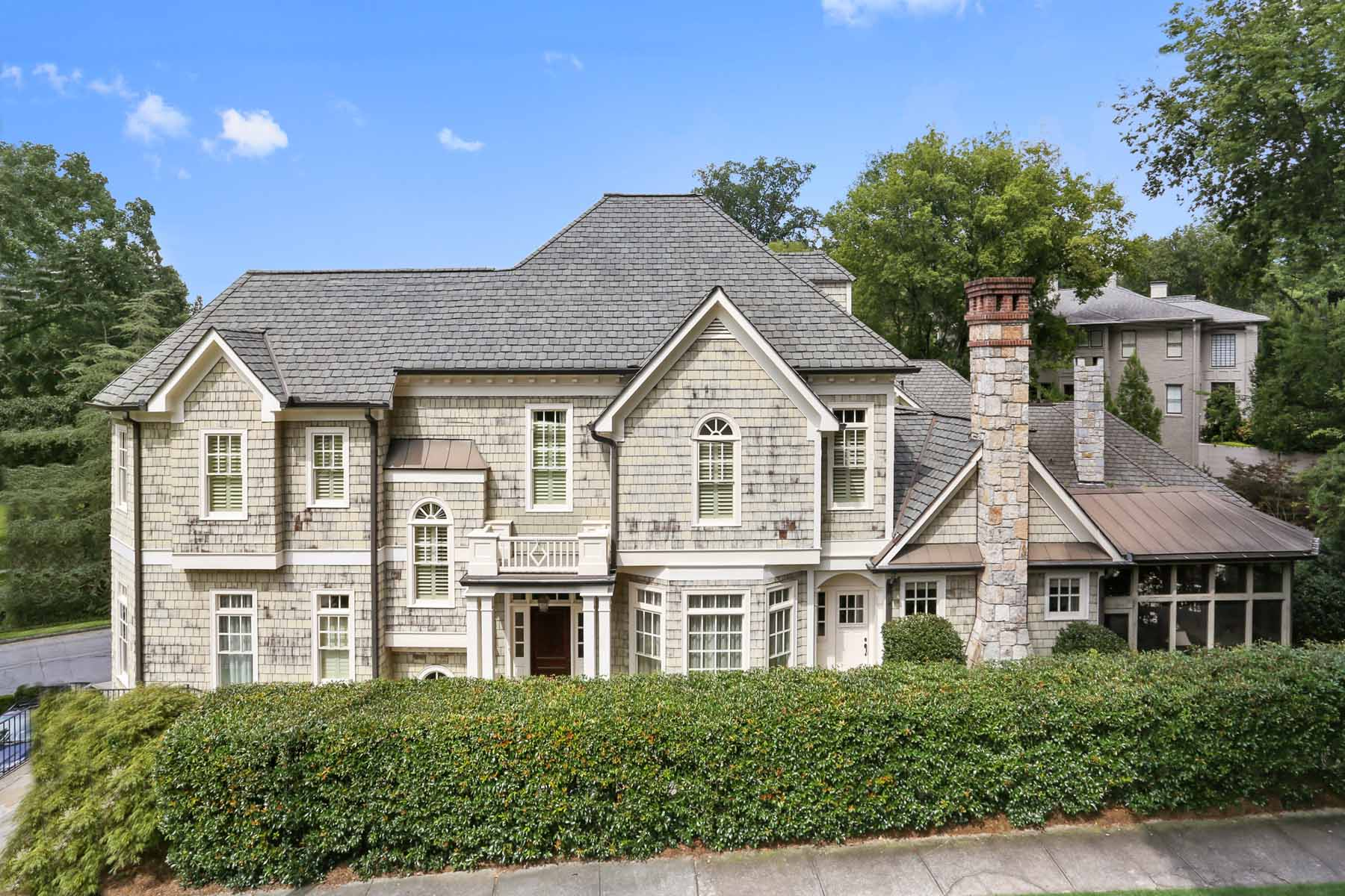 獨棟家庭住宅 為 出售 在 Ansley Park Home Overlooking Winn Park 100 Lafayette Drive NE Ansley Park, Atlanta, 喬治亞州, 30309 美國