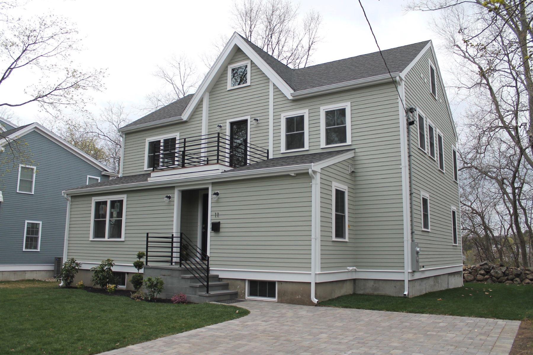 Частный односемейный дом для того Продажа на Totally Renovated Colonial 11 Carville Avenue Lexington, Массачусетс, 02421 Соединенные Штаты