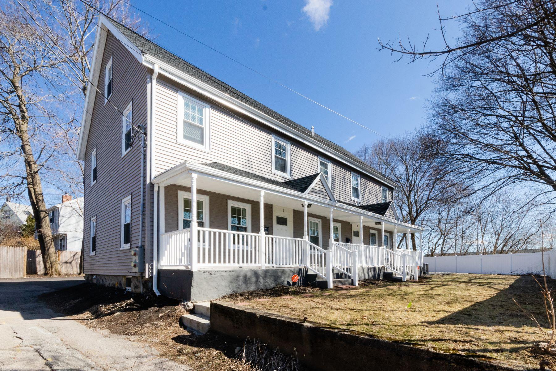 Condominiums for Sale at 5 Echo Lane 1 Dedham, Massachusetts 02026 United States