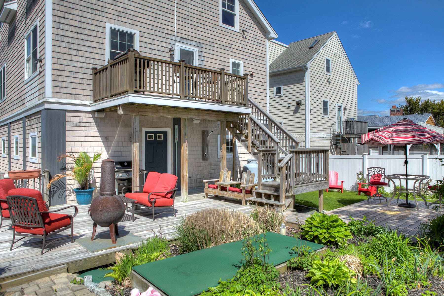 Additional photo for property listing at Panoramic Views 63 Attleboro Avenue Portsmouth, Rhode Island 02871 United States