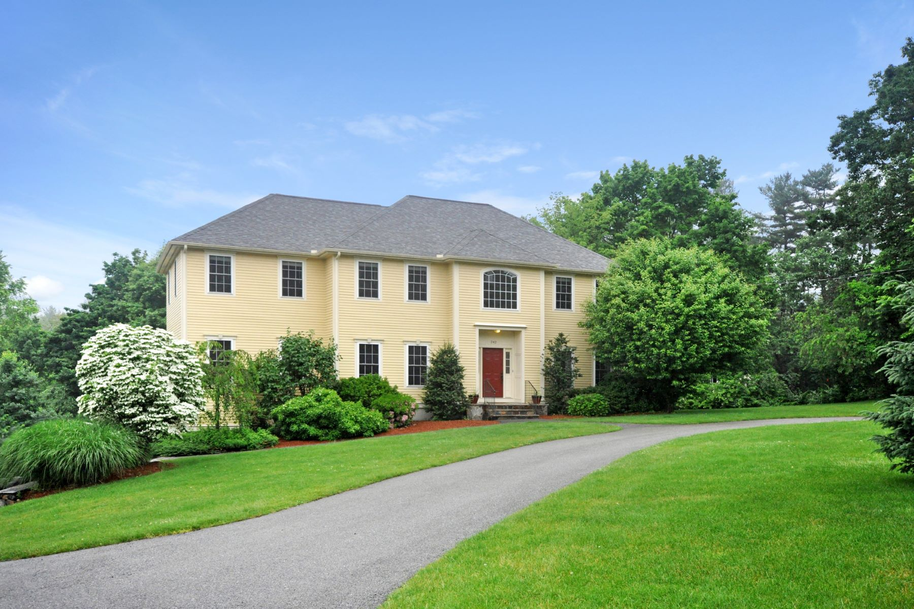 Single Family Homes for Active at 242 Old Billerica Road, Bedford 242 Old Billerica Rd Bedford, Massachusetts 01730 United States