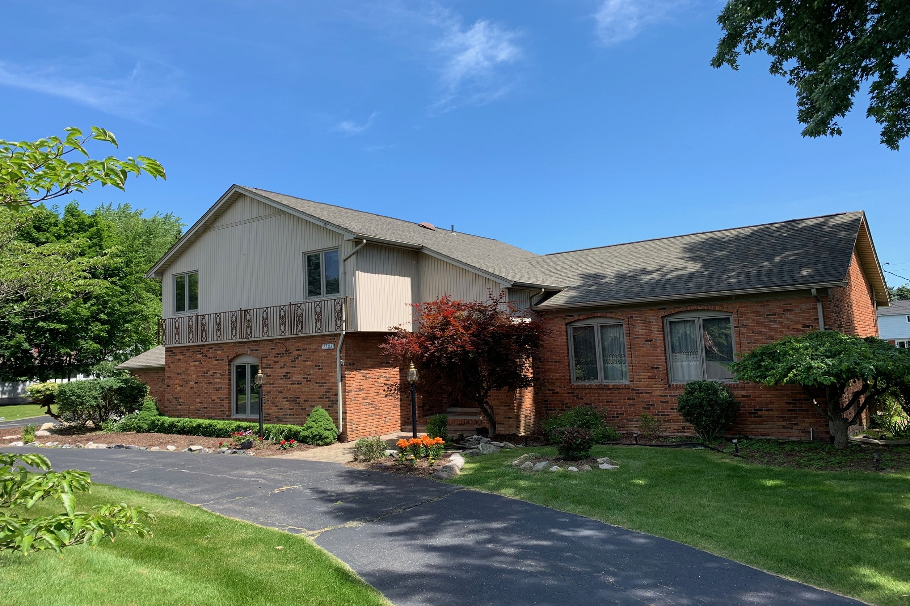 Single Family Homes for Sale at Rochester Hills 2602 New England Drive Rochester Hills, Michigan 48309 United States