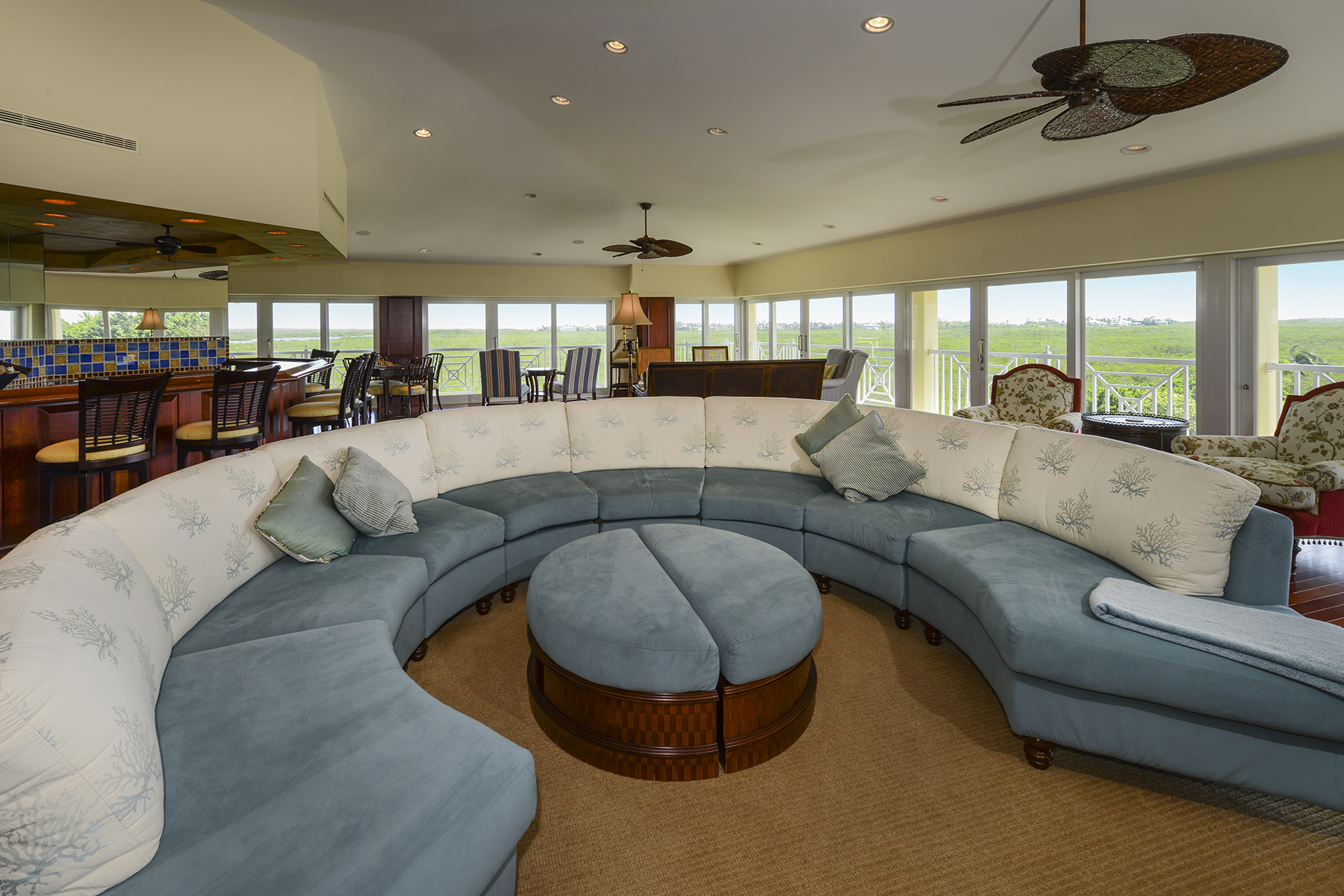 Additional photo for property listing at Penthouse Living at Ocean Reef 48 Barracuda Lane Key Largo, Florida 33037 Verenigde Staten
