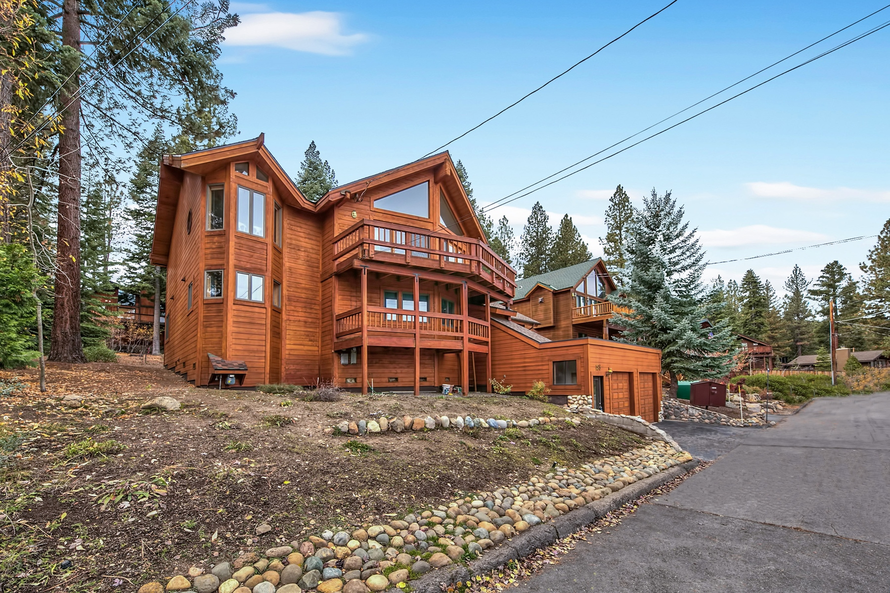 Single Family Home for Sale at 183 Edgewood Drive, Tahoe City, CA 96145 183 Edgewood Drive Tahoe City, California 96145 United States