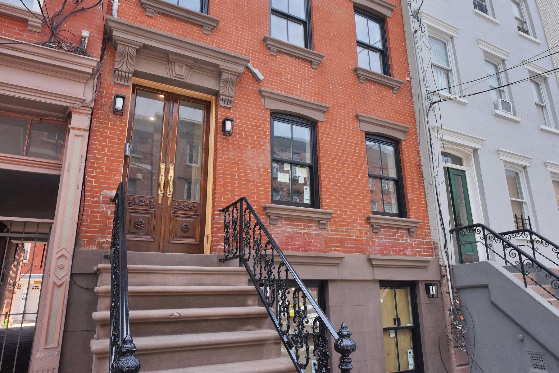 独户住宅 为 销售 在 Luxurious Living 525 Park Ave, 霍博肯, 新泽西州 07030 美国