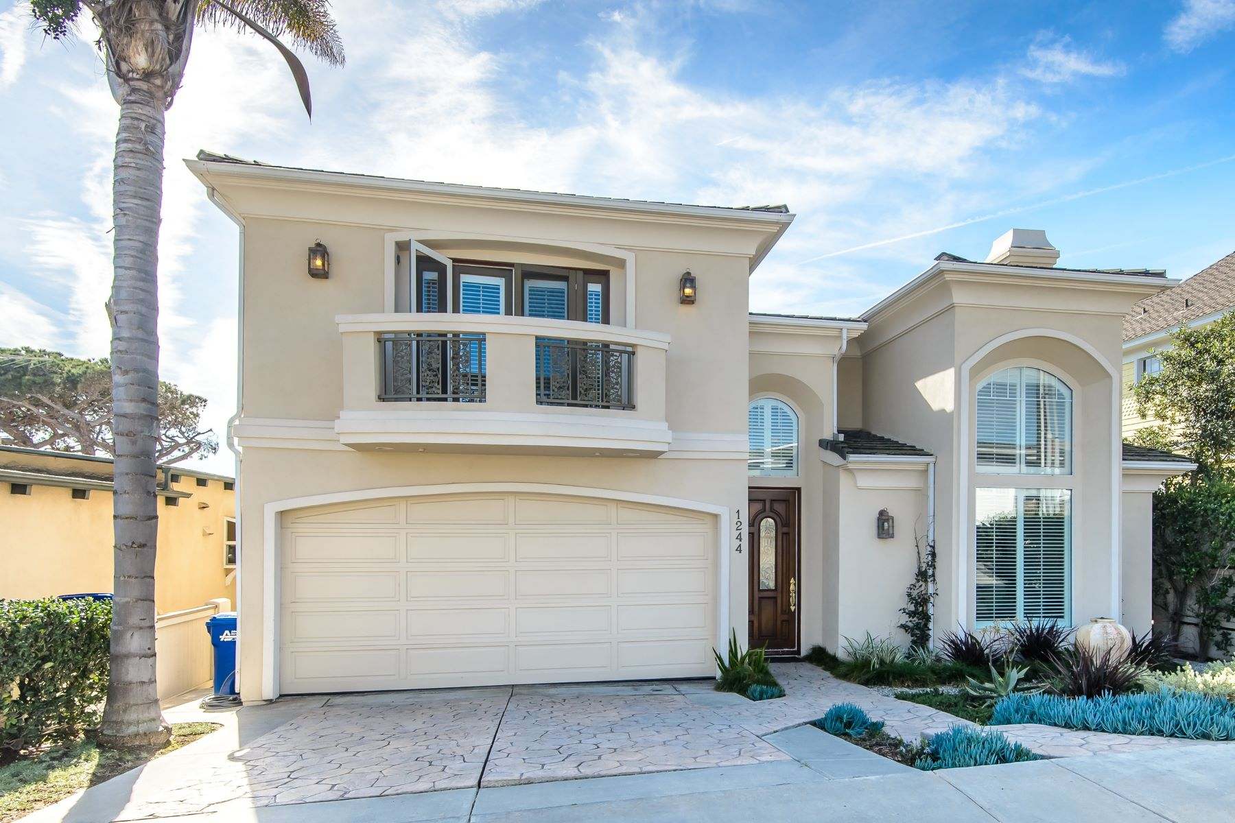 Single Family Home for Sale at 1244 9th Street Hermosa Beach, California 90254 United States