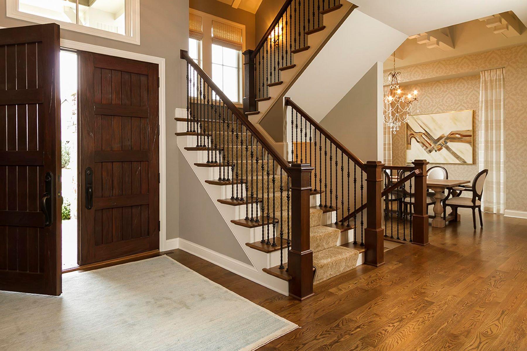 واحد منزل الأسرة للـ Sale في 9790 Sky Lane 9790 Sky Lane Eden Prairie, Minnesota, 55347 United States