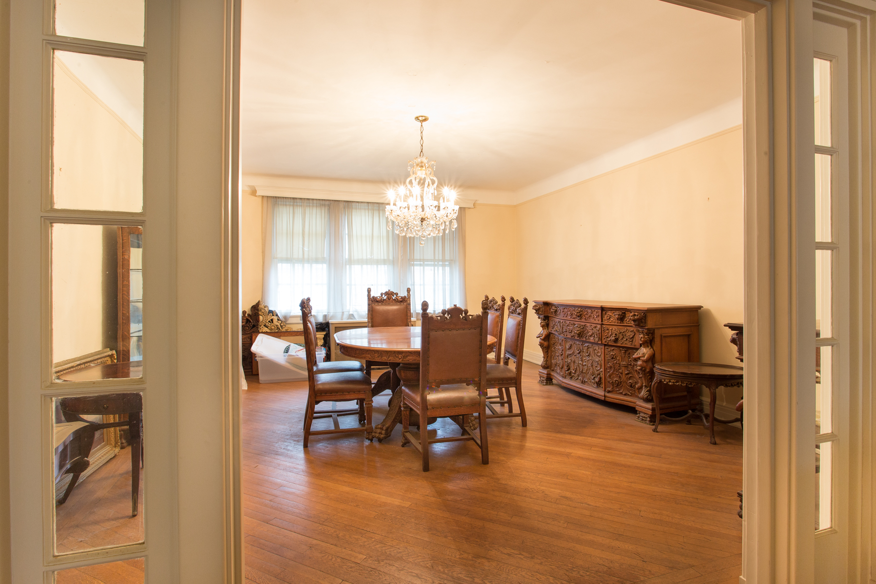 """Additional photo for property listing at """"MAJESTIC TERRACE TOWNHOUSE"""" 77 Greenway Terrace, Forest Hills Gardens, 森林山, 纽约州 11375 美国"""