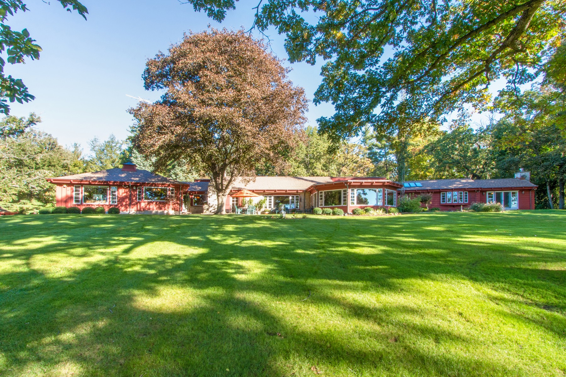 Single Family Home for Sale at Sportsman's Paradise 7220 E State Road 67 Lake Geneva, Wisconsin 53525 United States
