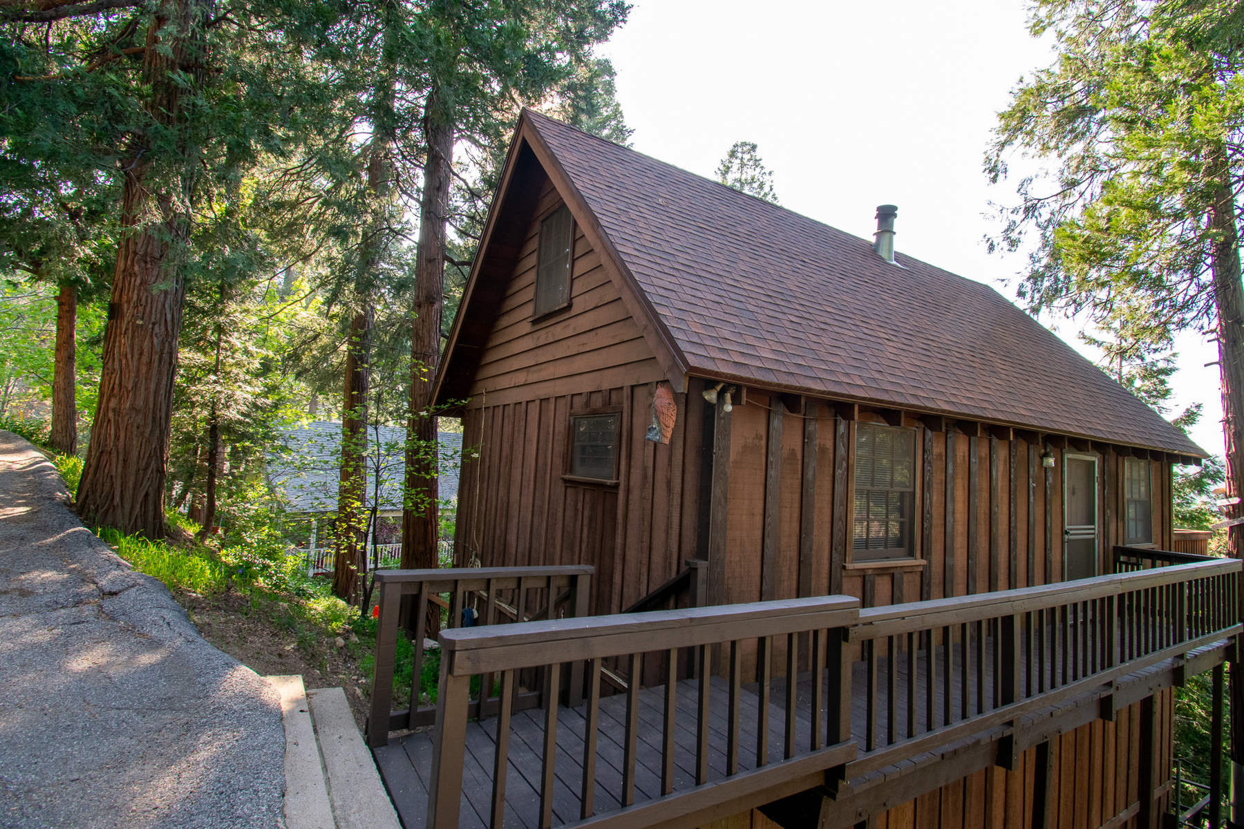 Single Family Homes for Active at 24048 Cresta Drive, Crestline, California 92325 24048 Cresta Drive Crestline, California 92325 United States