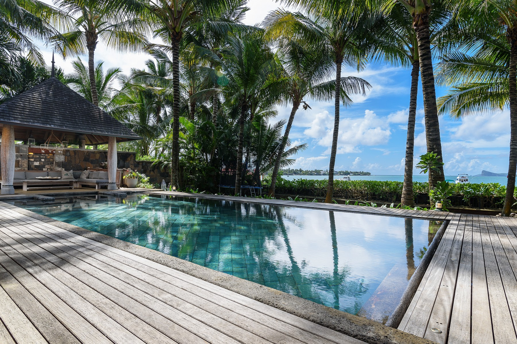 Additional photo for property listing at Oceanfront Luxury Villa with Tropical surrounds Grand Baie, Riviere Du Rempart Mauritius