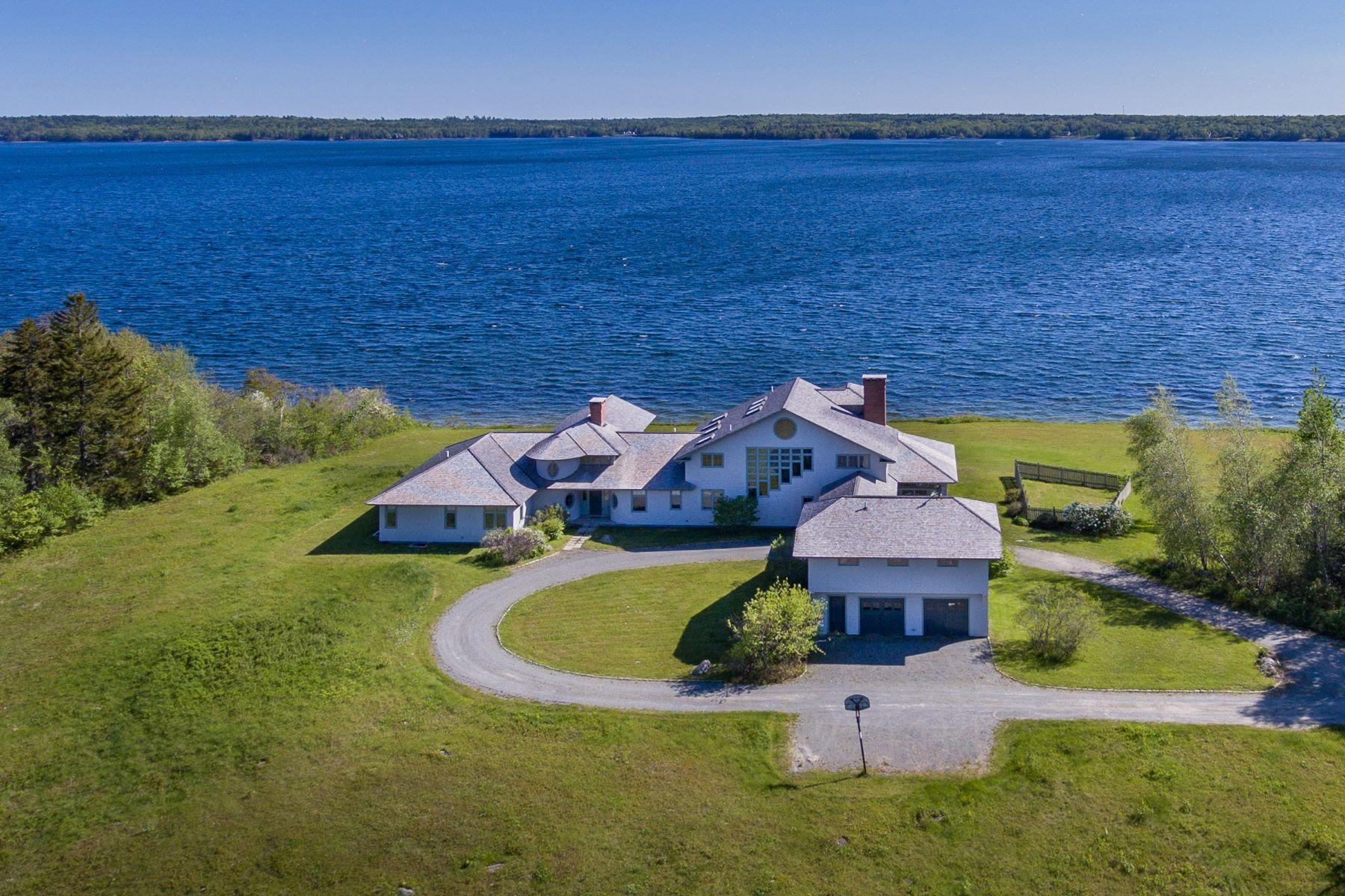 Single Family Homes للـ Sale في Sedgwick, Maine 04676 United States
