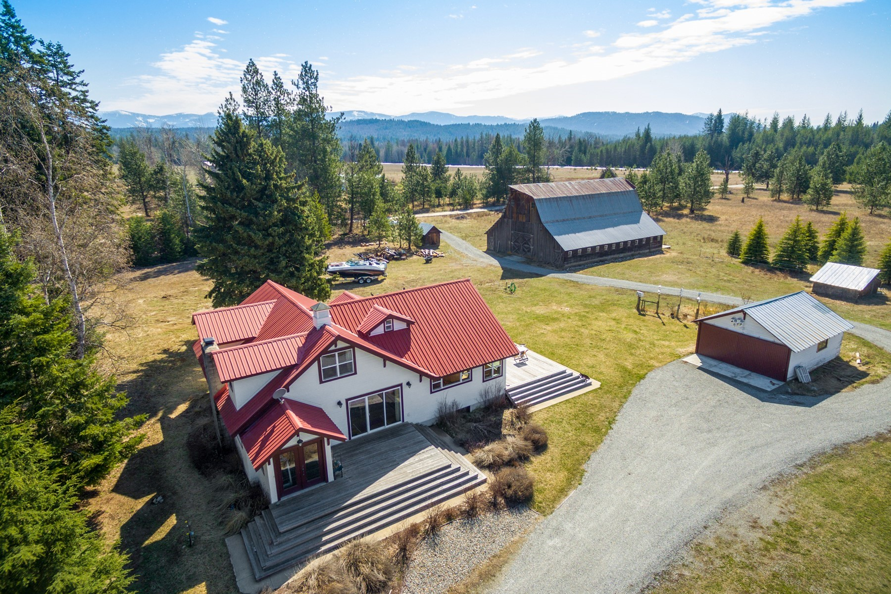 Single Family Homes for Active at Selle Valley Farm 20+ Acre Horse Property 247 Grouse Creek Cutoff Sandpoint, Idaho 83864 United States
